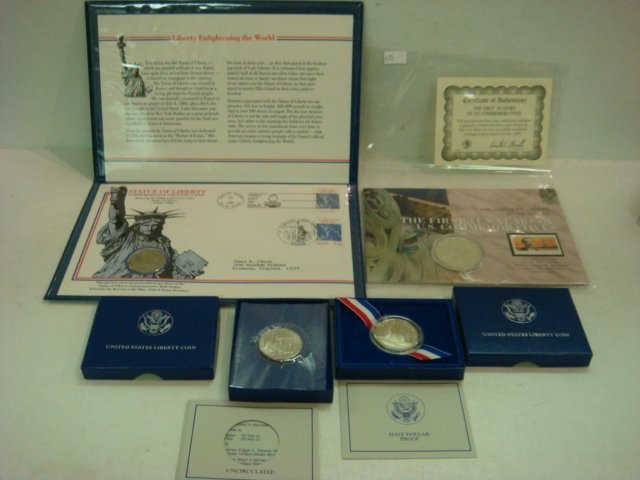 53: 1986 Statue of Liberty Commemorative Coin & Stamps: