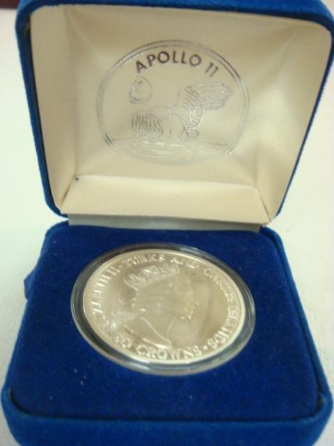 78: 1993 Turks & Caicos Apollo 11 25 Anniversary Coin: