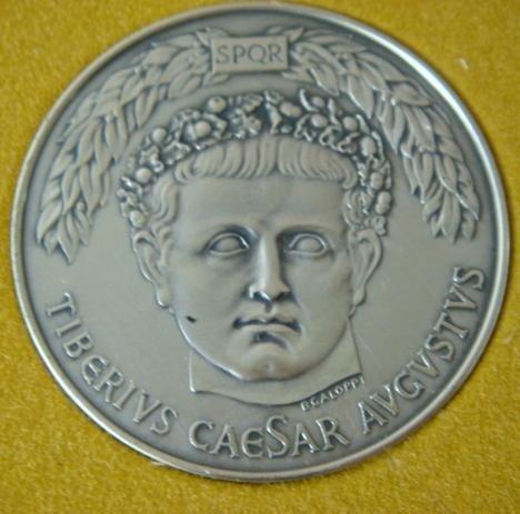 106: THE TWELVE CAESARS Sterling Silver Medallions: - 2