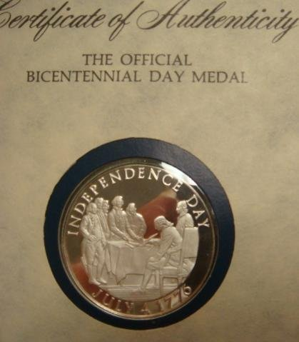 15B: Official Bicentennial Commemorative Medal July 4,