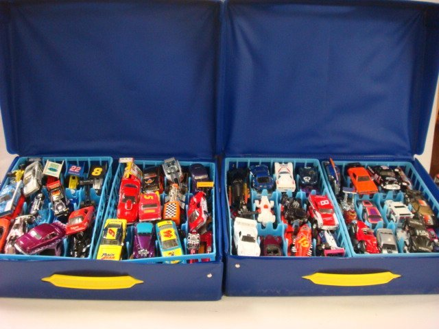 211: Two Hot Wheels Cases with Cars:
