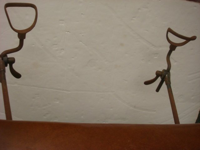 390: Vintage OBGYN Examining Table with Stirrups: - 5