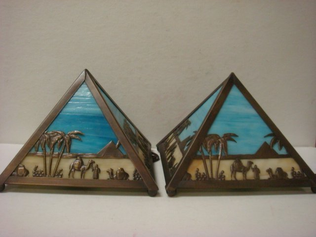 527: Pair of Joe Camel Meyda Slag Glass Pyramid Lamps: