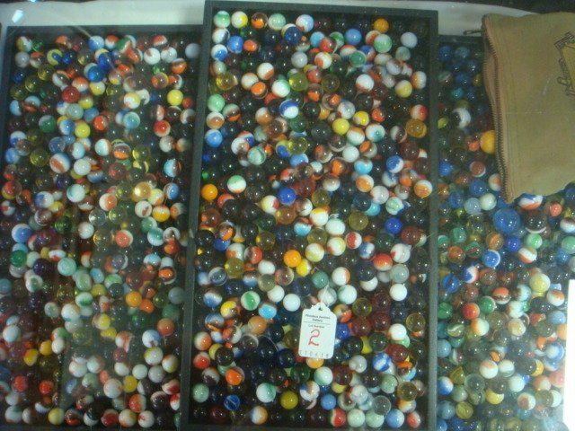 2: Over 1000 Vintage Collector Marbles:
