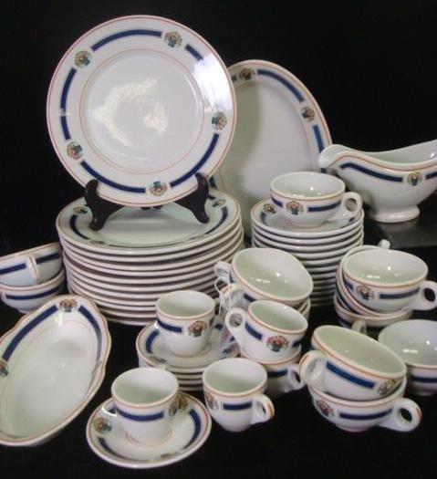 9: SHENANGO Dinnerware from The Mayflower Hotel, DC: