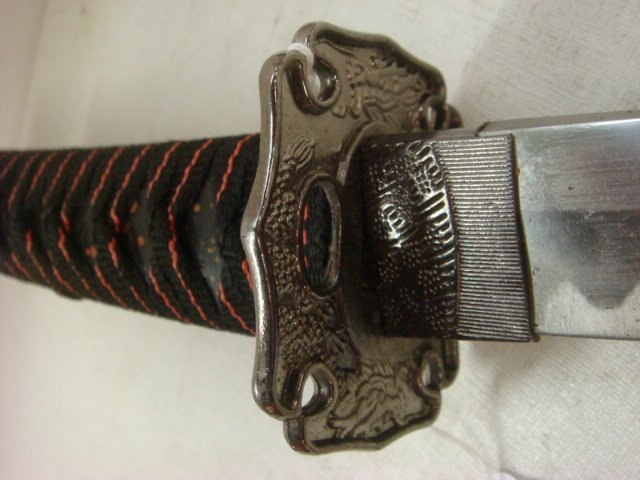 300: Small Samurai Sword with Painted, Wooden Sheath: - 2