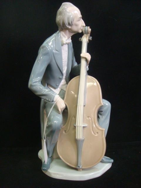 7: LLADRO Cellist Figurine #4651: