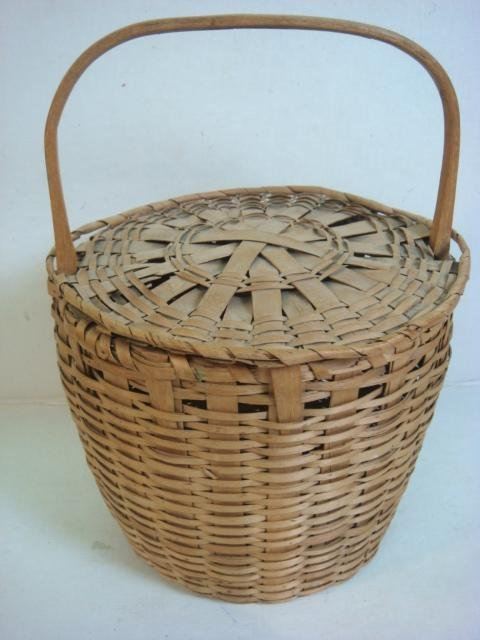 21: Woven Round Lidded Goose Feather Basket: