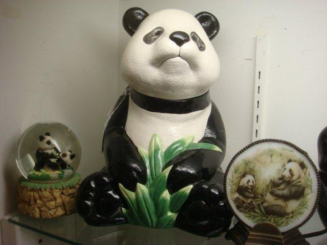 239: Panda Themed Snow Globe, Cookie Jar, Night Light: