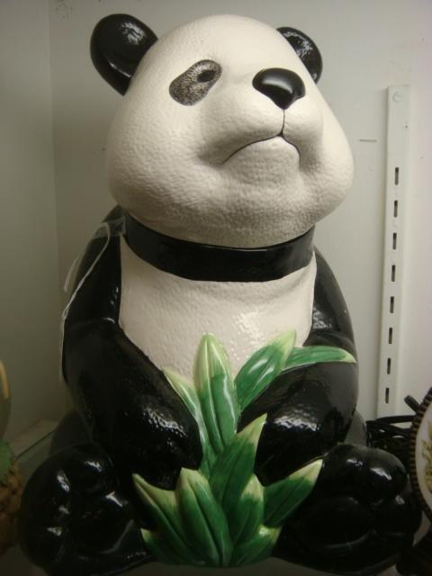 239: Panda Themed Snow Globe, Cookie Jar, Night Light: - 4