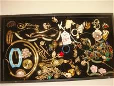 Assortment of Ladies Costume Jewelry: