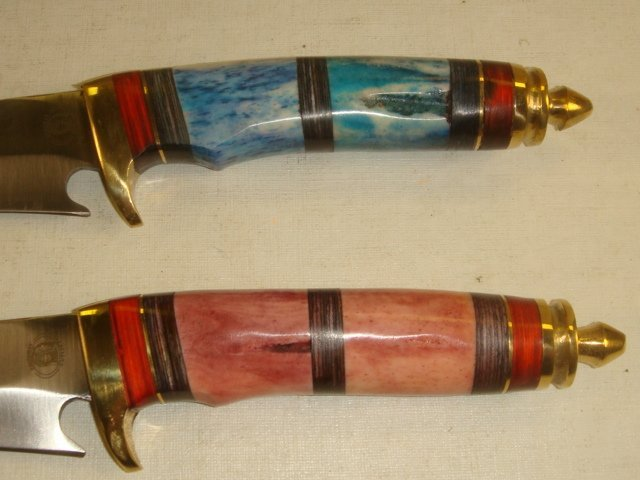 Two CHIPAWAY CUTLERY Bone Handled Hunting Knives: - 2