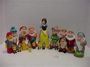 20 Piece Collection of Snow White and D