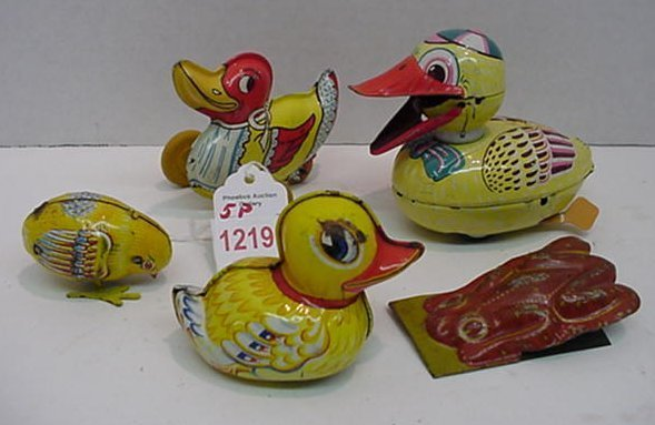 1219: Japanese and German Tin Litho Ducks and