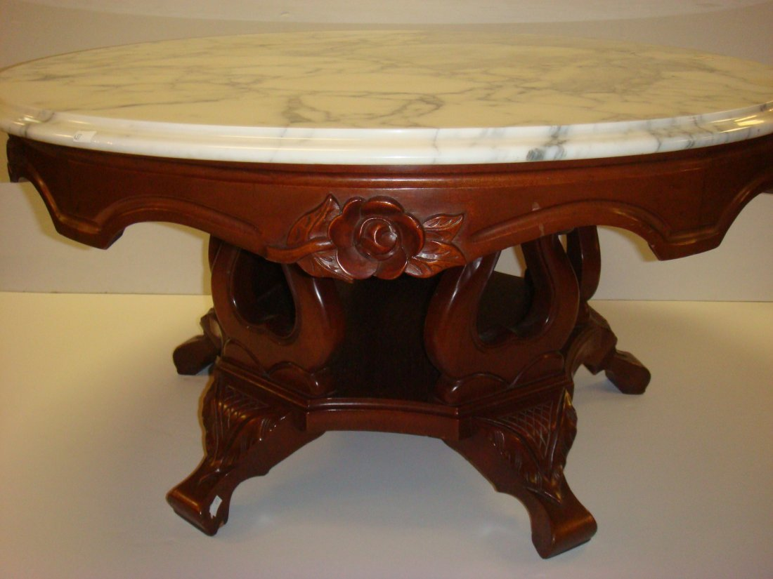 Base Victorian Style Round Marble Coffee Table