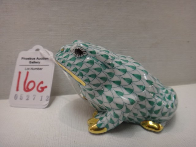 HEREND Frog Figurine: