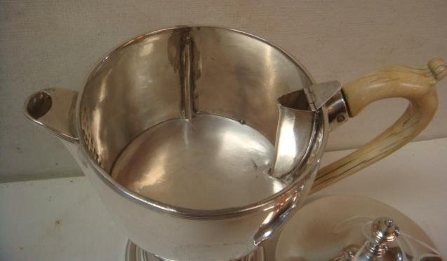 Robert Hennell III Sterling Individual Teapot: - 2