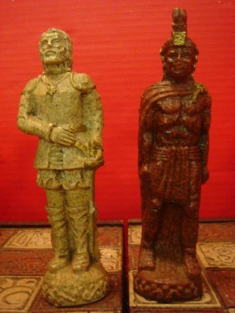 AZTEC & CONQUISTADOR Mexican Chess Set: - 2