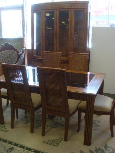 AMERICAN OF MARTINSVILLE 8 Piece Dining Room Set: