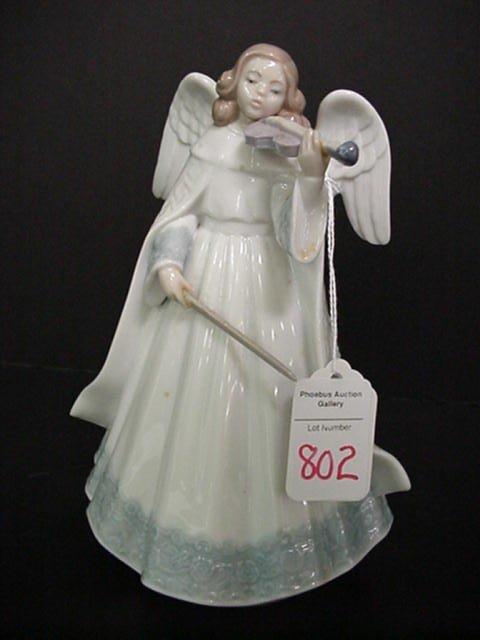 802: Lladro Angel Limited Edition Violinist: