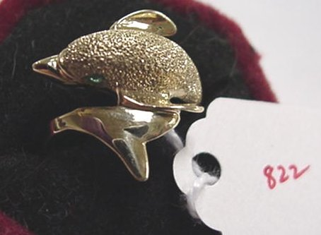 822: 14KT Gold Dolphin Ring with Emeralds: