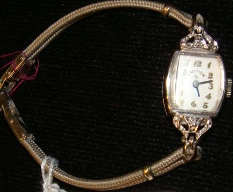 1951 Lady ELGIN 14KT Gold and Diamond Watch: