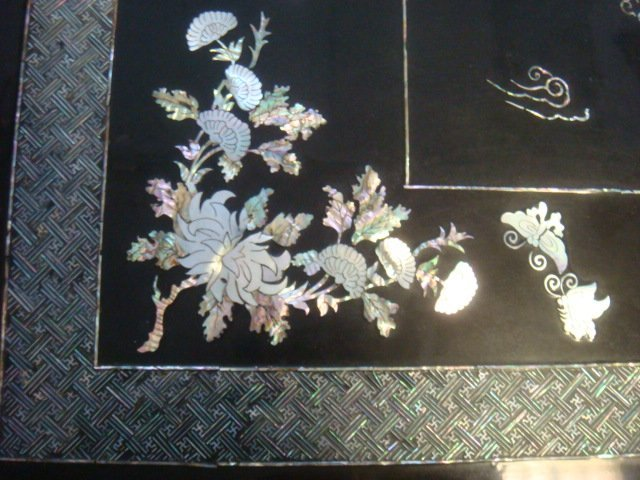 Korean Lacquer Mother of Pearl Coffee Table: - 4