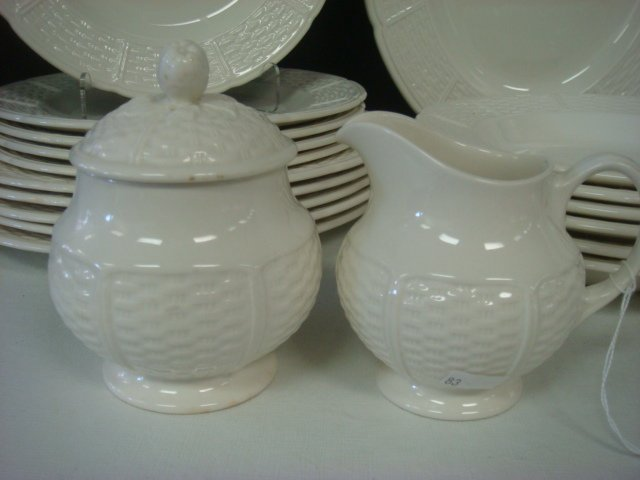 "WEDGWOOD ""WILLOW WEAVE"" Pattern Dinnerware: - 2"