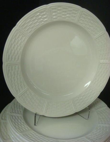"WEDGWOOD ""WILLOW WEAVE"" Pattern Dinnerware: - 3"