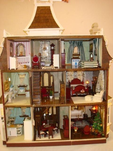 GREENLEAF Beacon Hill Furnished Dollhouse: - 2