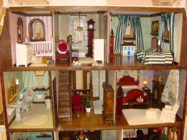 GREENLEAF Beacon Hill Furnished Dollhouse: - 3