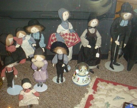 Ten P. Buckley Moss Amish Cloth Dolls: