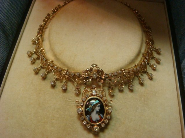 Ladies Vintage Diamond and Porcelain Cameo Collar: