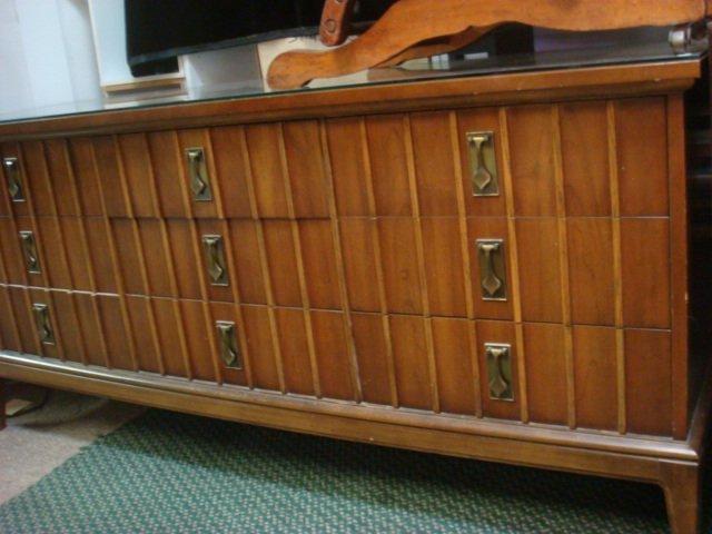 DIXIE Furniture 9 Drawer Mid Century Low Dresser: