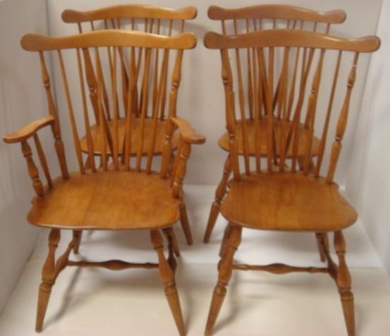 Four HEYWOOD WAKEFIELD Brace Back Windsor Chairs: