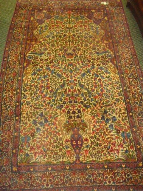Finely Woven Persian Kerman Wool Rug: