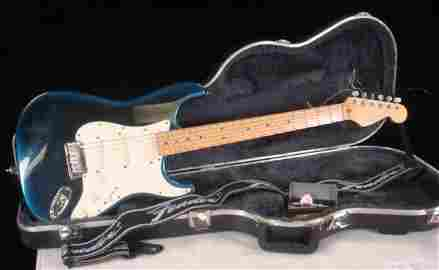 FENDER Stratocaster, Made in USA, Electric Guitar: