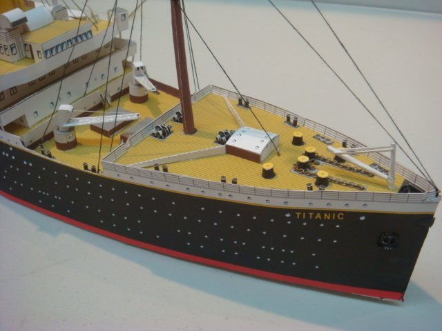 Papercraft Model of White Star TITANIC, 1/250 Scale: - 2
