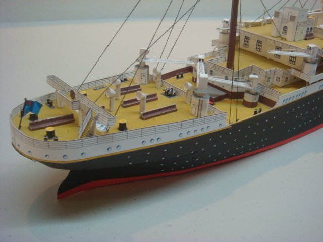 Papercraft Model of White Star TITANIC, 1/250 Scale: - 3