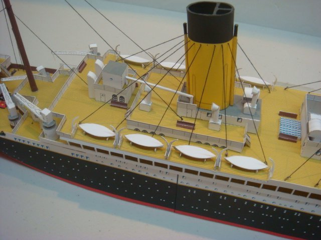 Papercraft Model of White Star TITANIC, 1/250 Scale: - 4