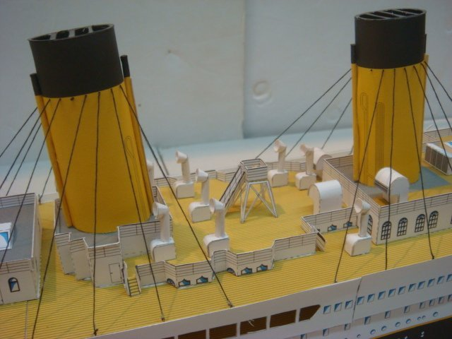 Papercraft Model of White Star TITANIC, 1/250 Scale: - 5