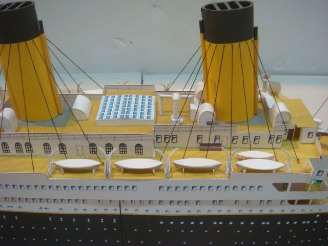 Papercraft Model of White Star TITANIC, 1/250 Scale: - 6