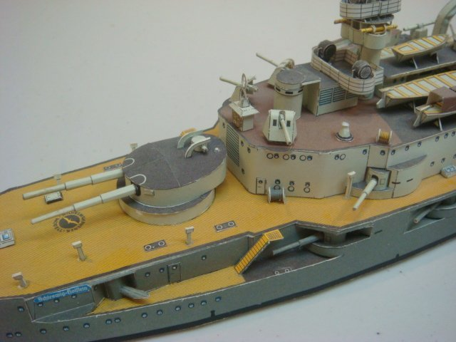 Two Papercraft Models of World War I Warships: - 5