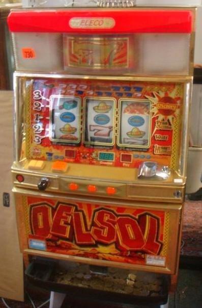 Full Size Eleco Delsol Casino Slot Machine Lot 245