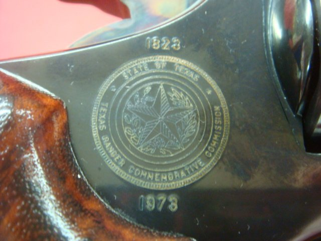 SMITH & WESSON, MODEL 19.3 TEXAS RANGER W/BOWIE KNIFE - 4