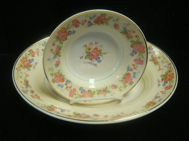 "SALEM CHINA CO ""Debutante"" Dinnerware, 23 Pc: - 4"