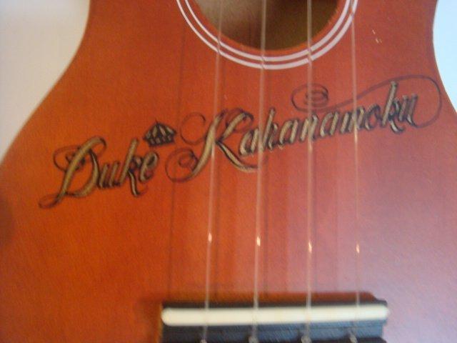 Vintage Duke Kahanamoku and Unsigned Ukulele: - 2