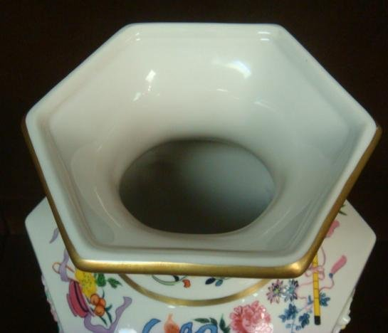 """Franklin Mint Vase of """"One Hand Flowers""""; - 5"""