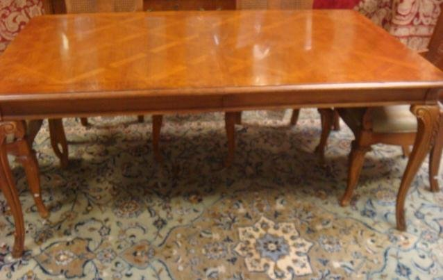 Thomasville 8 Piece Pecan Dining Room Set Table With 2