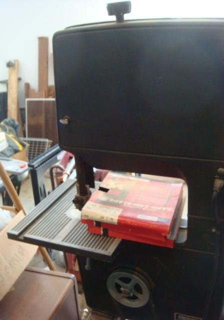 "CRAFTSMAN 12"" Band Saw/Sander with Table: - 2"